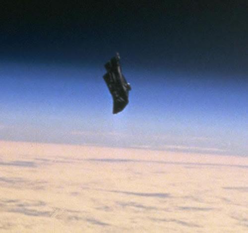 Black Knight Satellit
