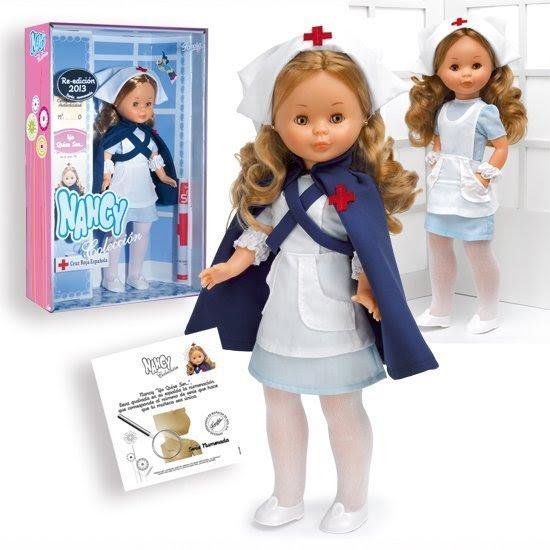 Foto muñeca Nancy colección enfermera año 2013