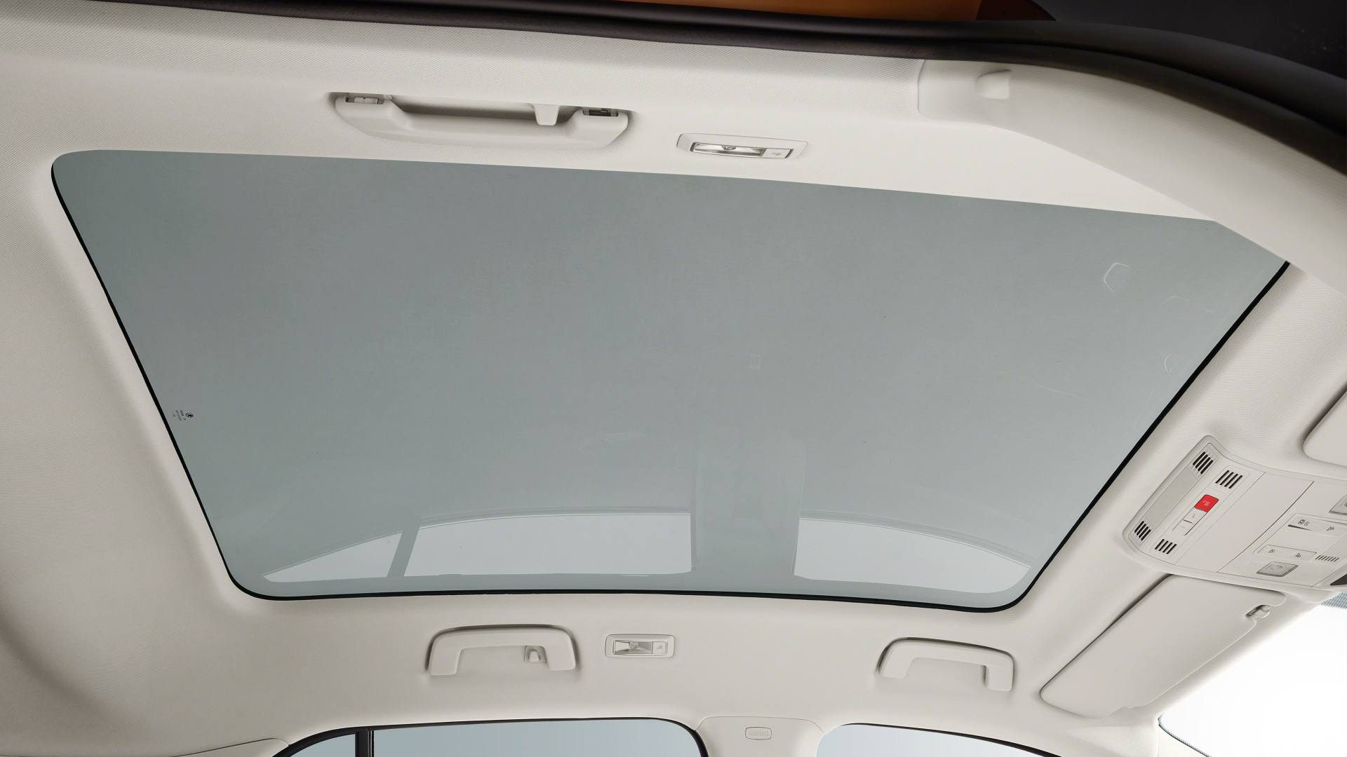 Panoramic sunroof will certainly enhance feeling of airiness inside the new Fabia. Image: Skoda
