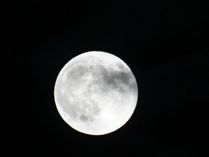 Resultado de imagem para super lua lisboa