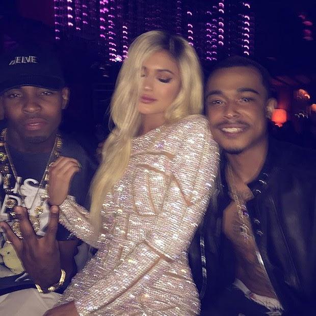 Kylie Jenner com amigos em sua festa de aniversário (Foto: Instagram/ Reprodução)