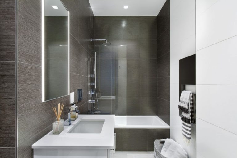 13 Best Tub Shower Combo Ideas - Extended Homes