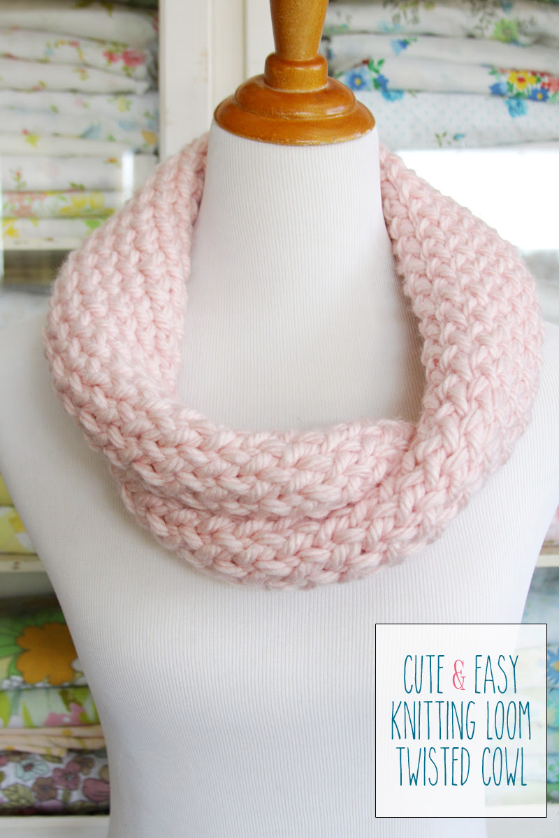 Cute and Easy Knitting Loom Cowl