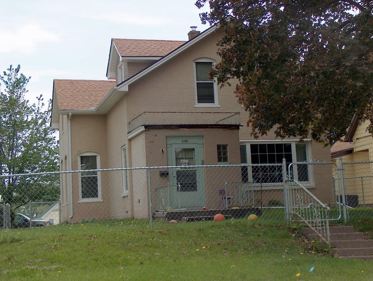 Davenport, Iowa IA For Sale By Owner, Iowa FSBO Home in Davenport IA, W 13TH ST ForSaleByOwner