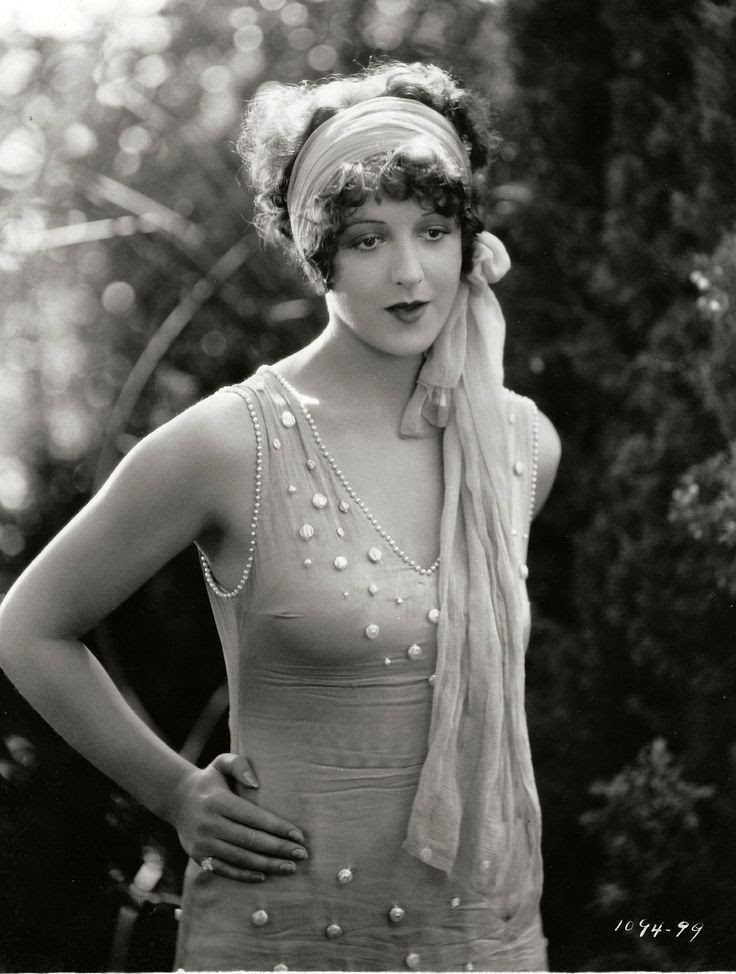 1920s fashion flapper style