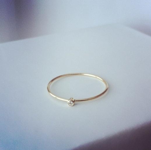 LE FASHION BLOG INSTAGRAM Jennifer Meyer Gold Thin Diamond Ring 18k delicate dainty jewelry 7
