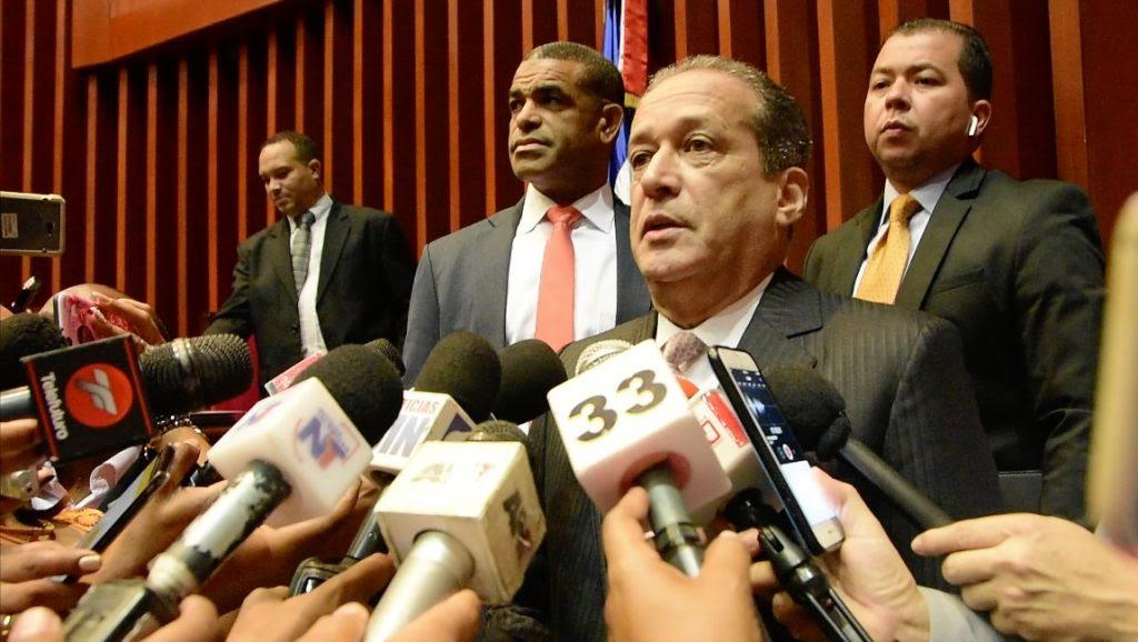 Resultado de imagen para Reinaldo afirma ha entrado en contacto con sectores a lo interno del PLD