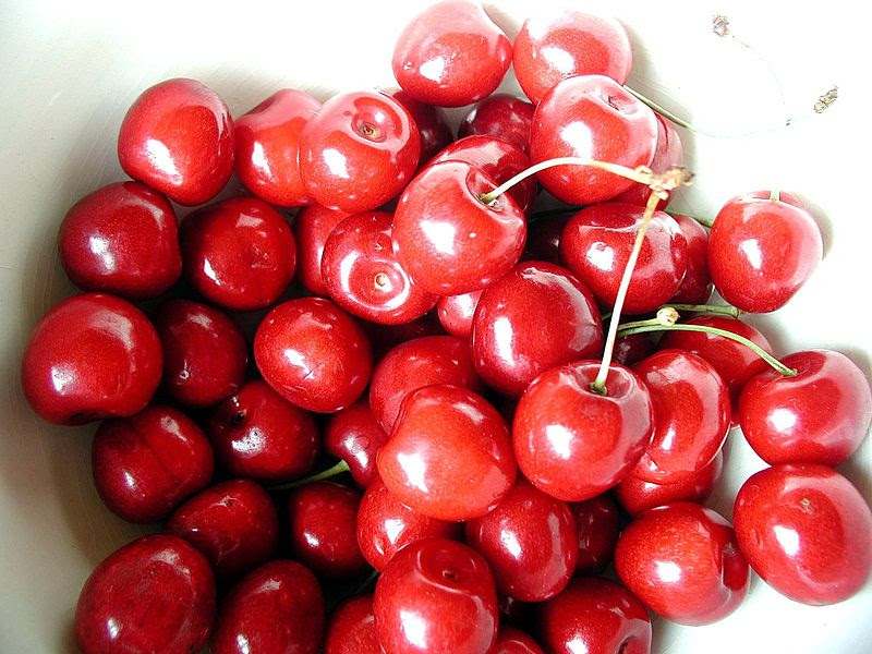 File:Cherry red sweet fruits.jpg