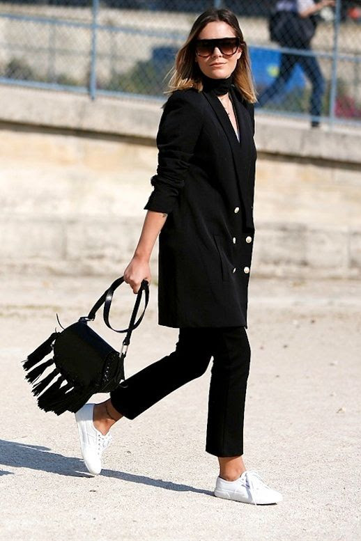 Le Fashion Blog Street Style All Black Look Long Blazer With Military Style Buttons Wide Choker Tassel Bag Cropped Pants White Sneakers Via Vogue Italy