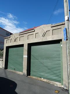 Garages, Mount Victoria