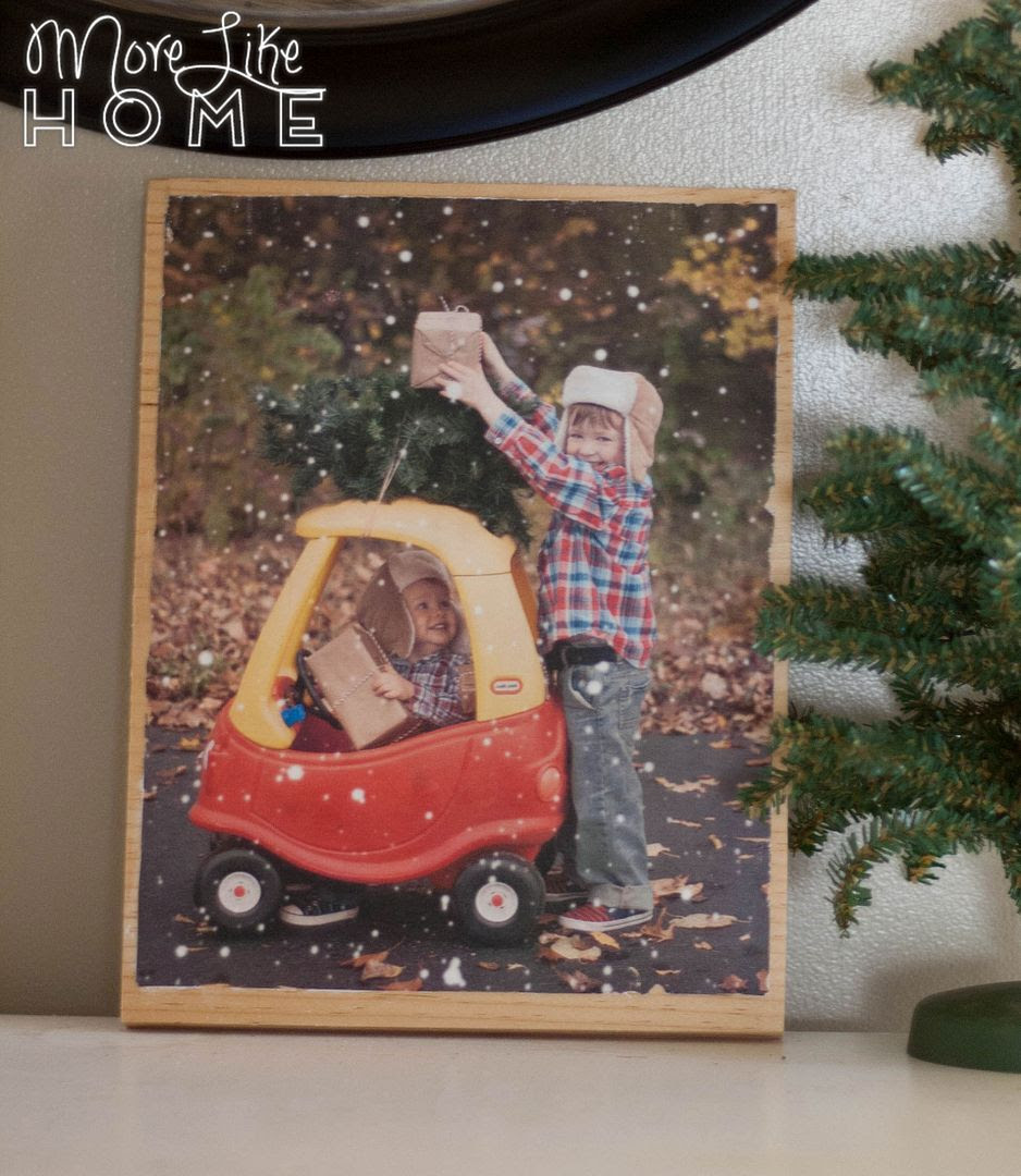 http://www.morelikehome.net/2015/11/diy-wood-transfer-chrismtas-photos.html