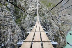 Jembatan Trift Suspension di Swiss Alps