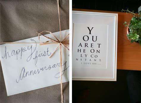 One Year Wedding Anniversary Gifts For Friends   Bigoo