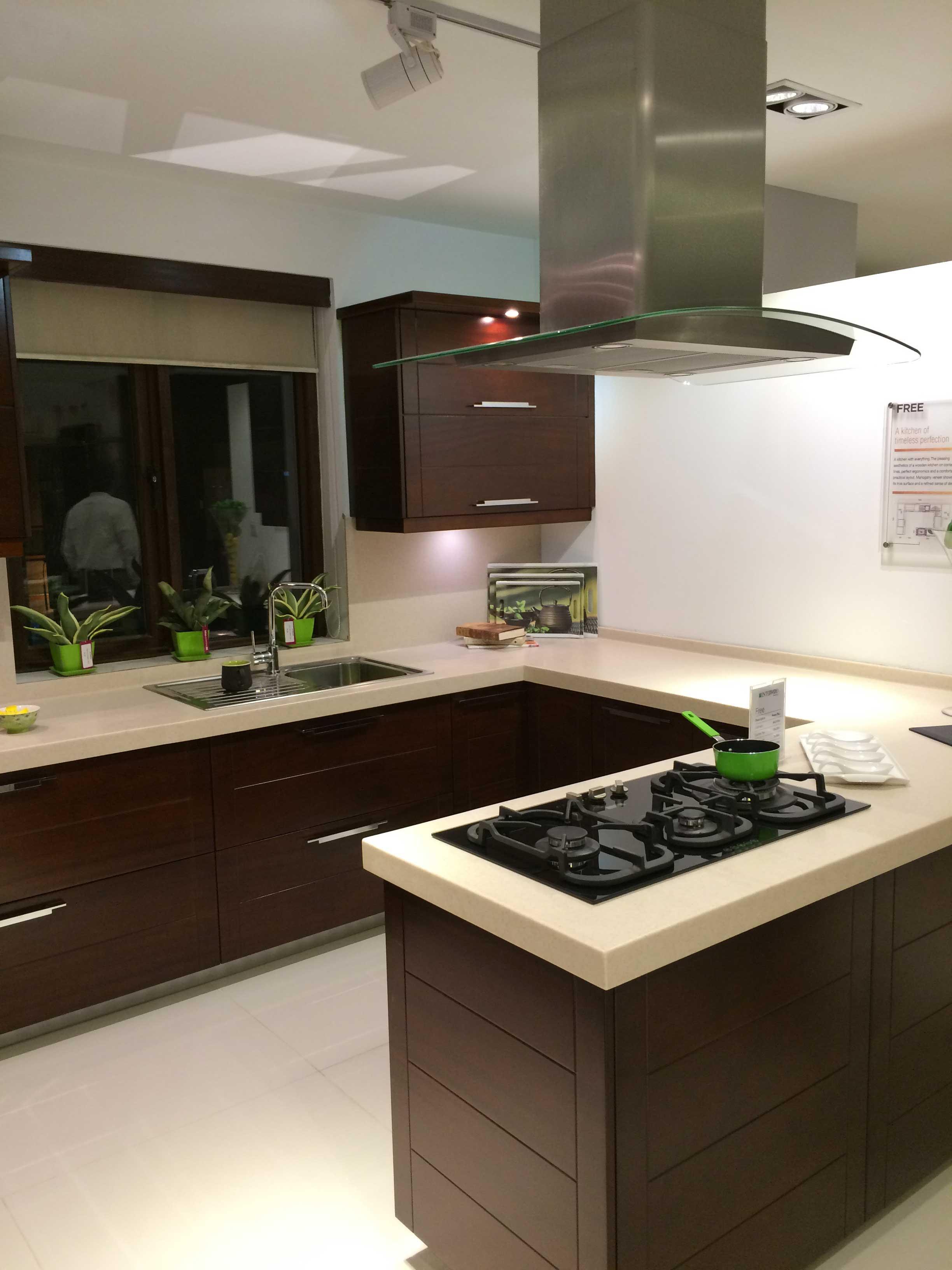 Interwood designer Kitchen Pakistan - 18 - Karachista ...