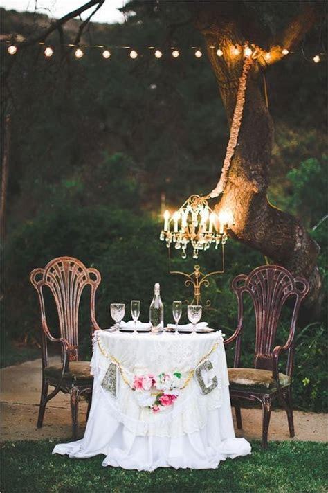 18 Vintage Wedding Sweetheart Table Decoration Ideas