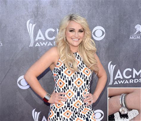 Jamie Lynn Spears reveals wedding ring next to husband