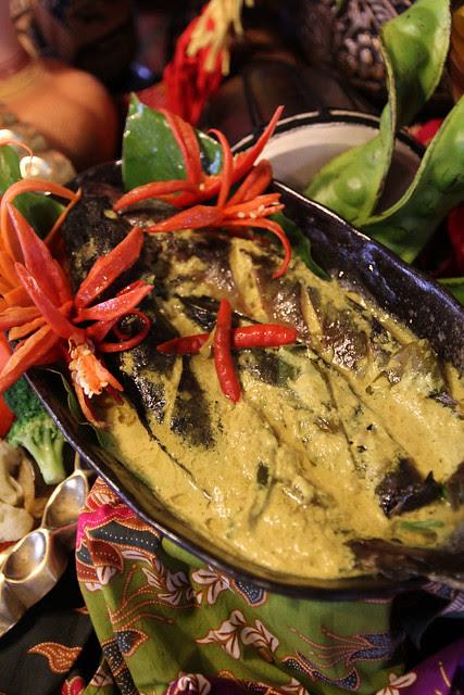 Ikan salai masak lemak cili api