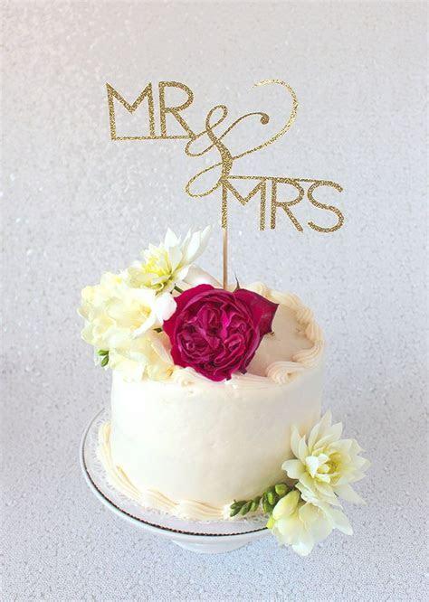 DIY Cake Topper Tutorial with Cricut   Glitter cake, Gold