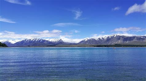 Lake Tekapo, New Zealand   gostilo