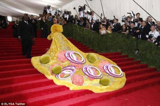 Photoshop: Twitter user @ELYSA topped RiRi's dress with pepperoni, pickles and onions for a pizza