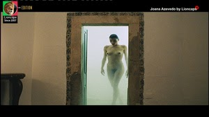 Joana Azevedo nua no filme Bodas de Deus