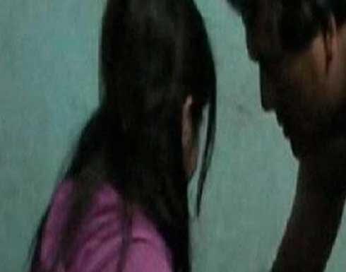فيديو أب يعاشر بناته الثلاثة معاشرة الأزواج فى المنوفية ويهددهم بالقتل
