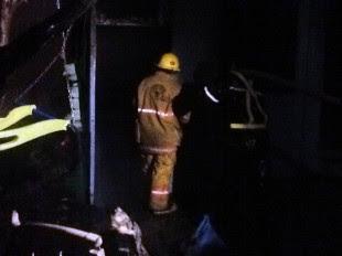 Fuego afecta 600 metros cuadrados en Las Gradas, Cristo Rey. CRH