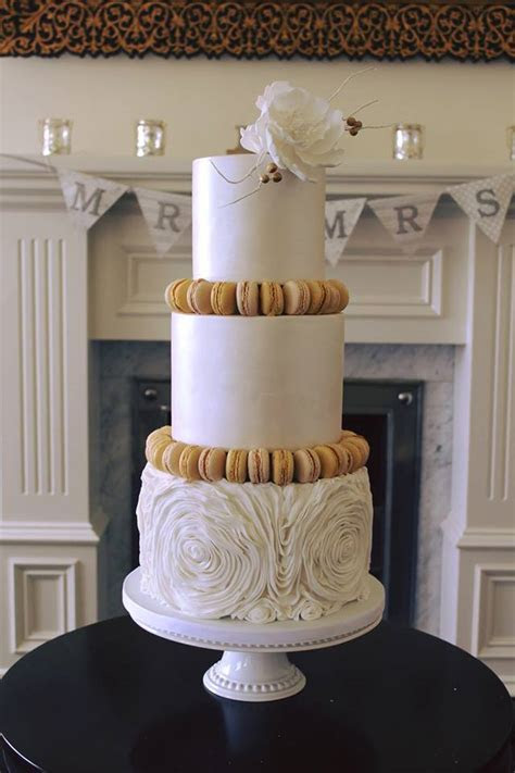 Rosewood Wedding Cakes   Artistic & Elegant Wedding Cakes