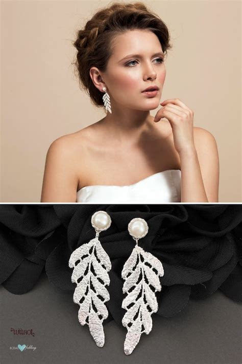 What Wedding Jewelry to Wear with Your Dress, Neck and Shape