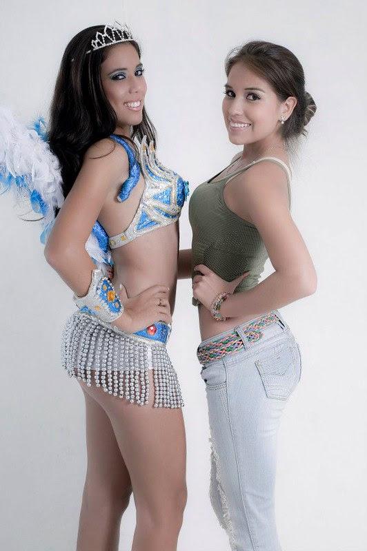 Natalia Piva (Izq.) en traje de fantasia junto con Marioly Giese Parada
