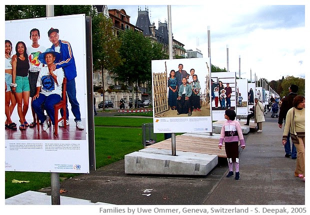 Families - photo-exhibition by Uwe Ommer, images by Sunil Deepak, 2005