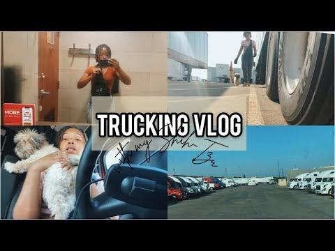 Trucking VLOG - Fitness/Pepper's Dog Food/Karaoke 😂/Tight Truck Stop