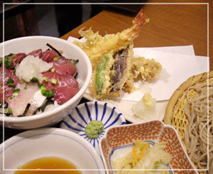 南青山でお蕎麦を食べた昼御飯。