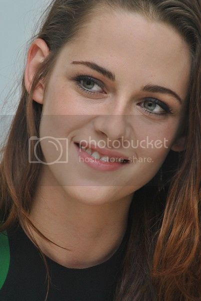photo Kstewartfans13_zps0b5130dd.jpg