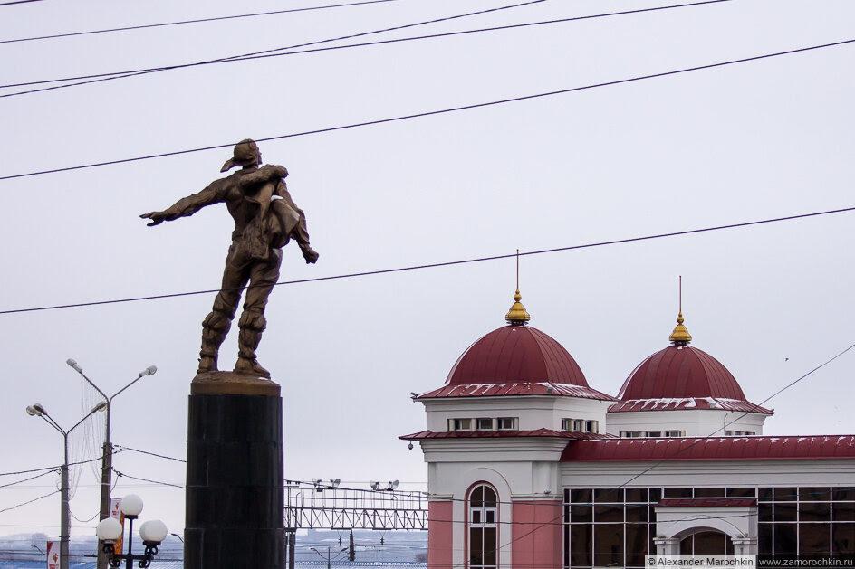 Памятник героям стратонавтам в Саранске
