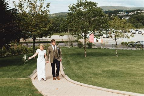 Irish Wedding Photohrapher   Killaloe Hotel   A   J