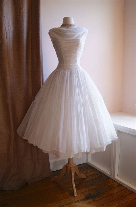 Vintage 1950s Tea Length Short Wedding Dress Boat Neckline