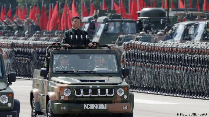 China Militär-Parade in Honh Kong für Xi Jinping (Picture Alliance/AP)