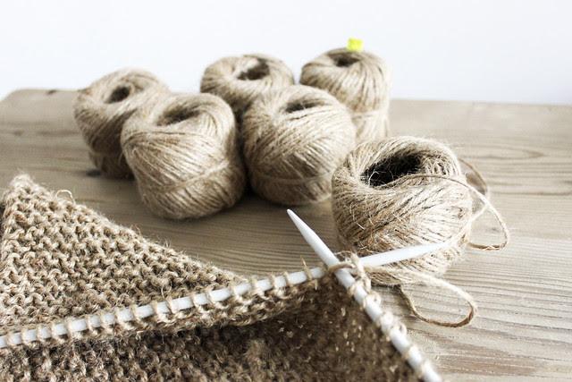 stricken mit Sisal-Schnur