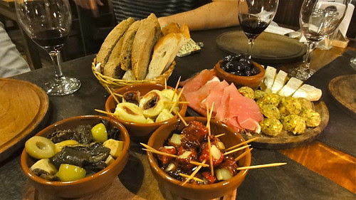 Picada and pinchos at A Manger