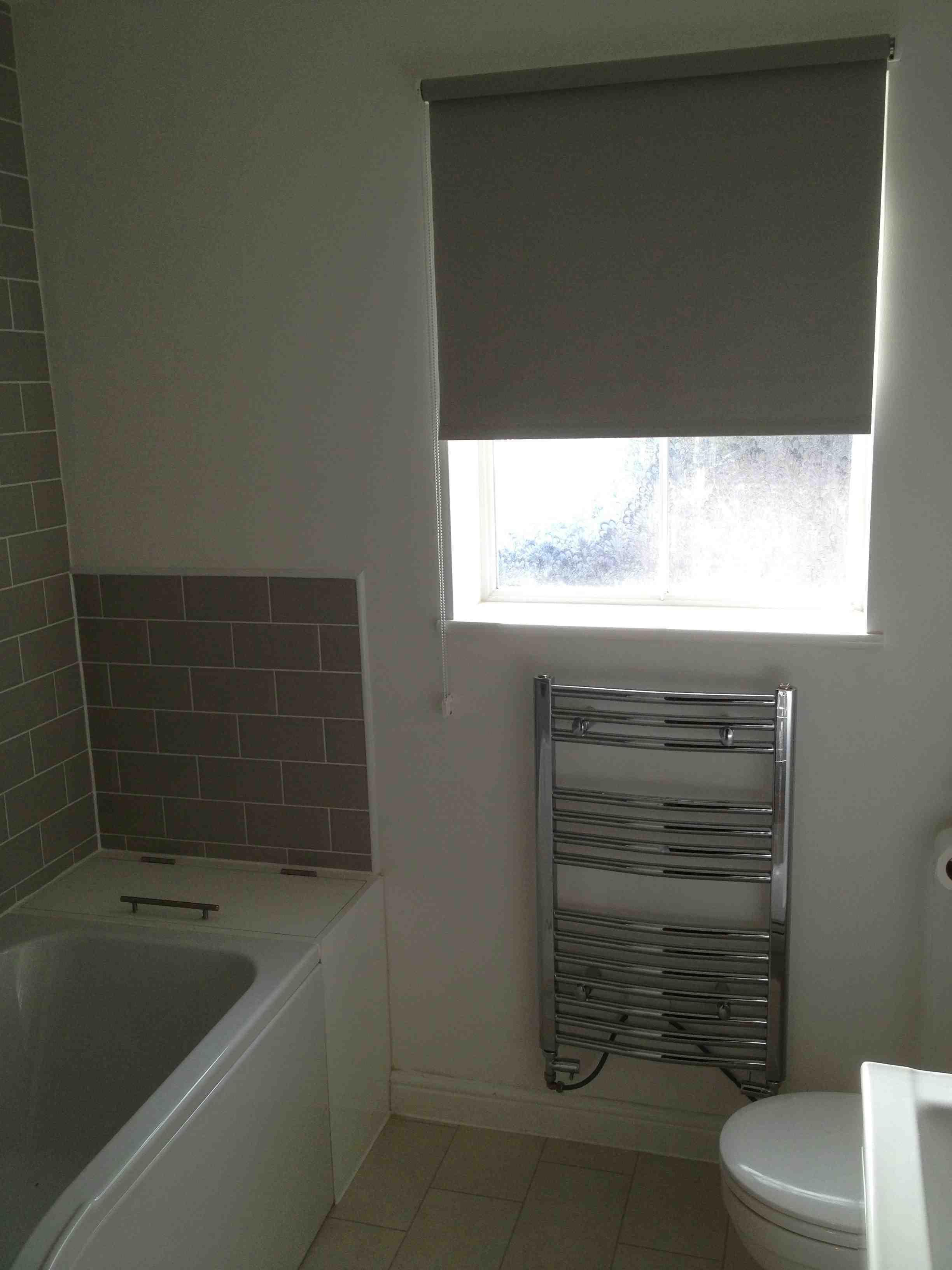 Half Tiled Or Fully Tiled Bathroom Walls? - UK Bathroom Guru