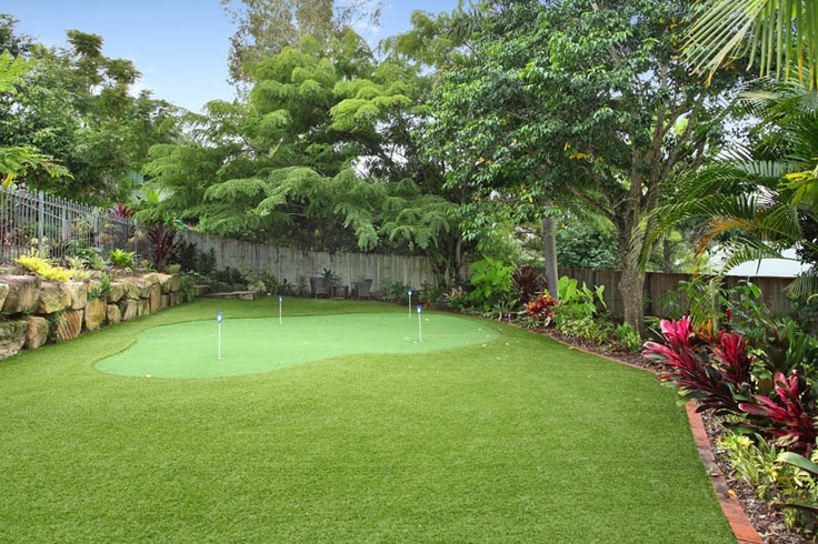 Private golf course in your backyard. Chapel Hill Brisbane