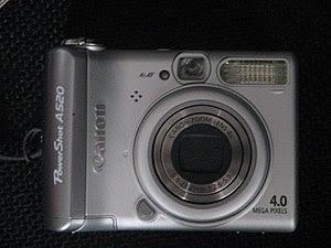 Canon PowerShot A520 digital camera