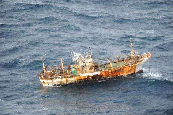 The unmanned Japanese fishing vessel, Ryou-un Maru sighted drifting 150 nautical miles off the southern coast of Haida Gwaii, off the coast of British Columbia, March 20, 2012. REUTERS-Department of National Defence