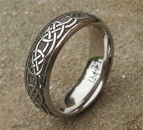 Men's Modern Titanium Celtic Wedding Ring : LOVE2HAVE in