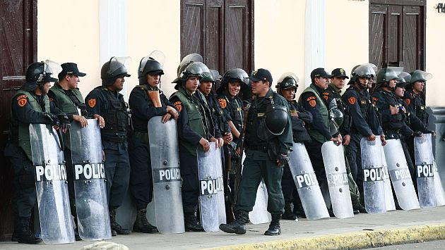 El fuerte contingente militar y policial llegó hoy a la región. (USI)