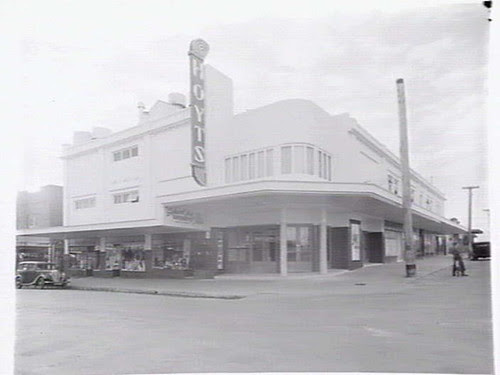 Former_Bentleigh_Hoyts_Cinemas