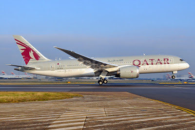 Qatar Airways Boeing 787-8 Dreamliner A7-BCL (msn 38330) LHR (Dave Glendinning). Image: 910235.