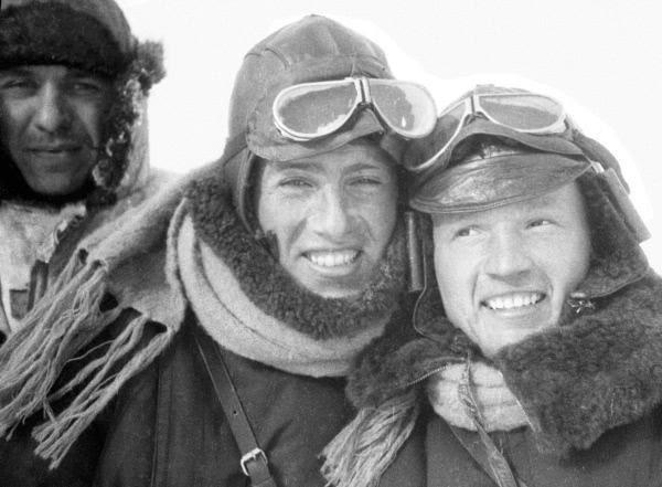 экспедиция ледокола челюскин