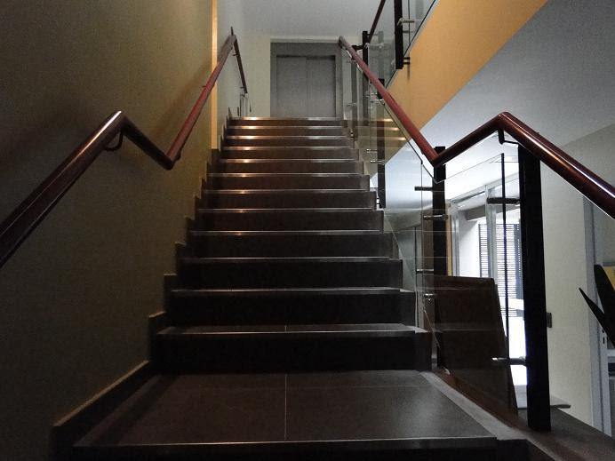 Dise o de escaleras 37 tecno haus - Escaleras de diseno ...